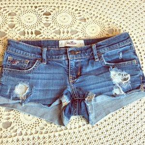 Hollister Distressed Cuffed Short Denim Shorts